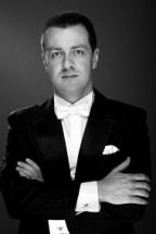 MIKICA JEVTIĆ <br />dirigent