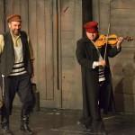 violinista na krovu (40)