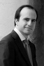 ĐANLUKA MARČANO<br />šef dirigent